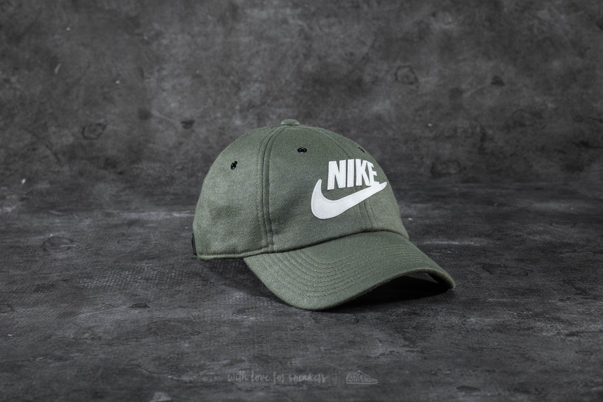 Nike Sportswear Heritage86 Cap Olive - 18363