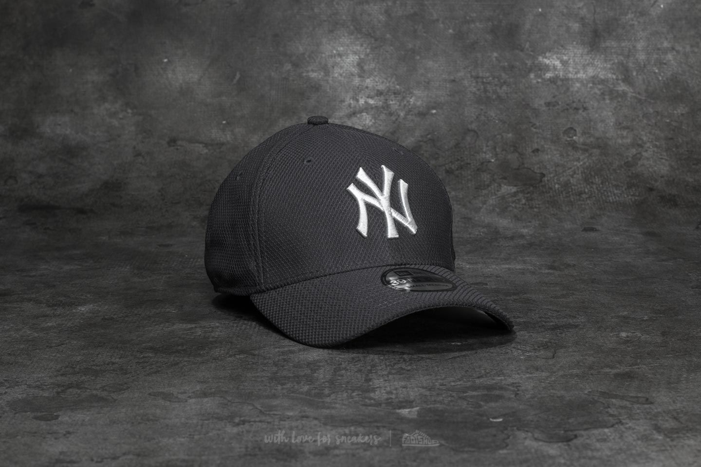 New Era 39Thirty Diamond Era Essential New York Yankees Cap Navy - 19497