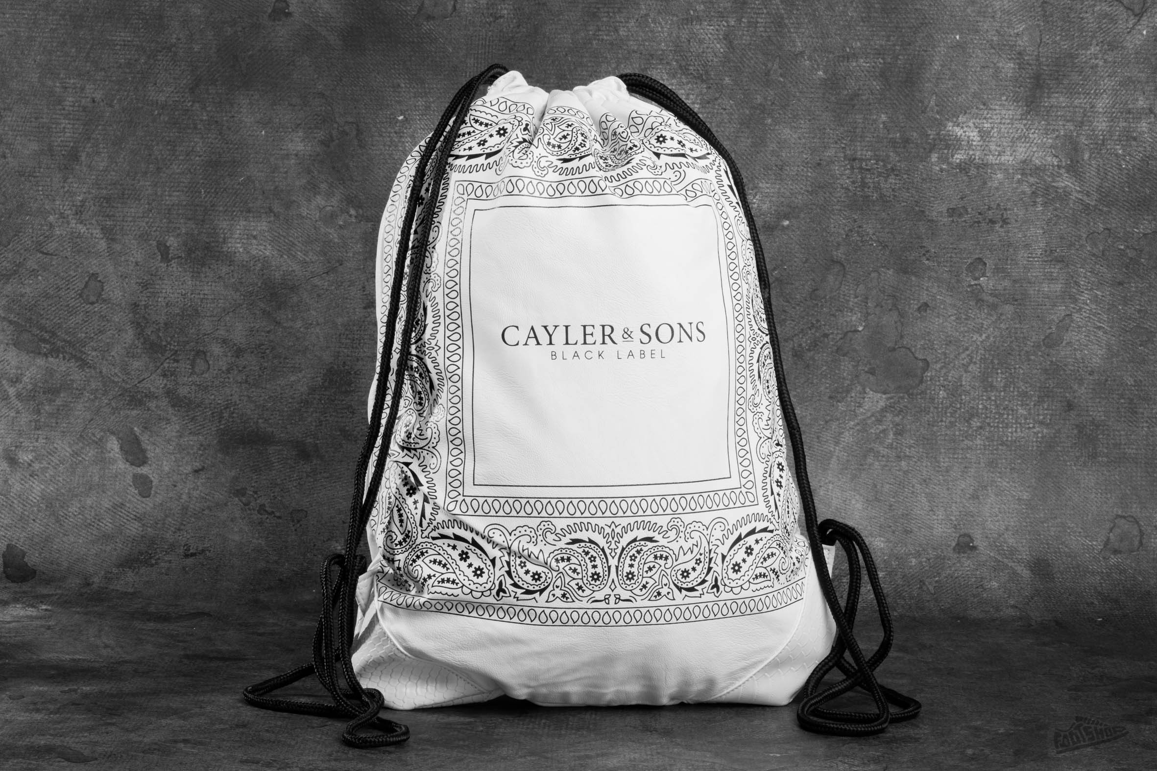 Cayler & Sons BL Paiz Gym Bag White/ Black - 8424