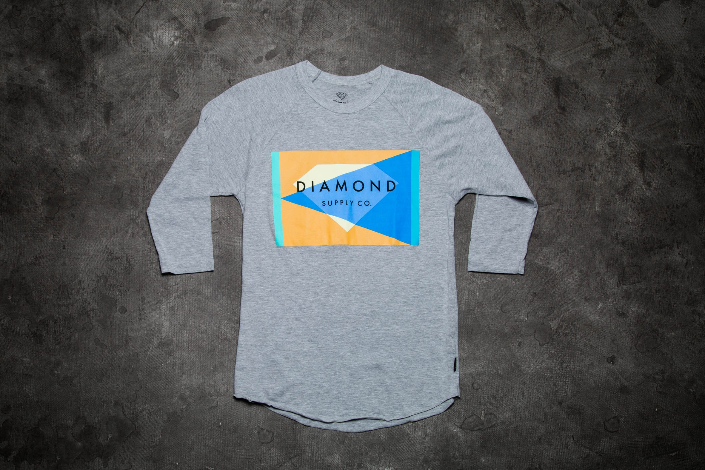 Diamond Geometric Reglan Tee Grey - 9386