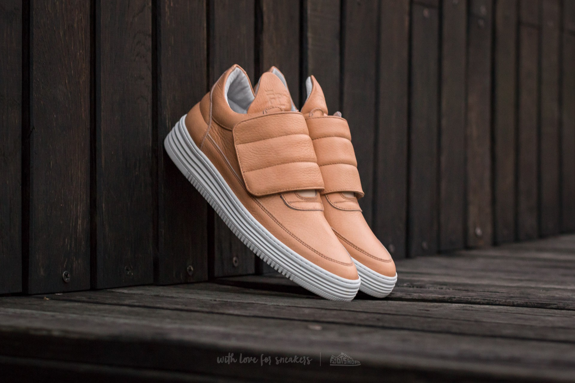 Filling Pieces Low Top Padded Velcro Creme - 10908
