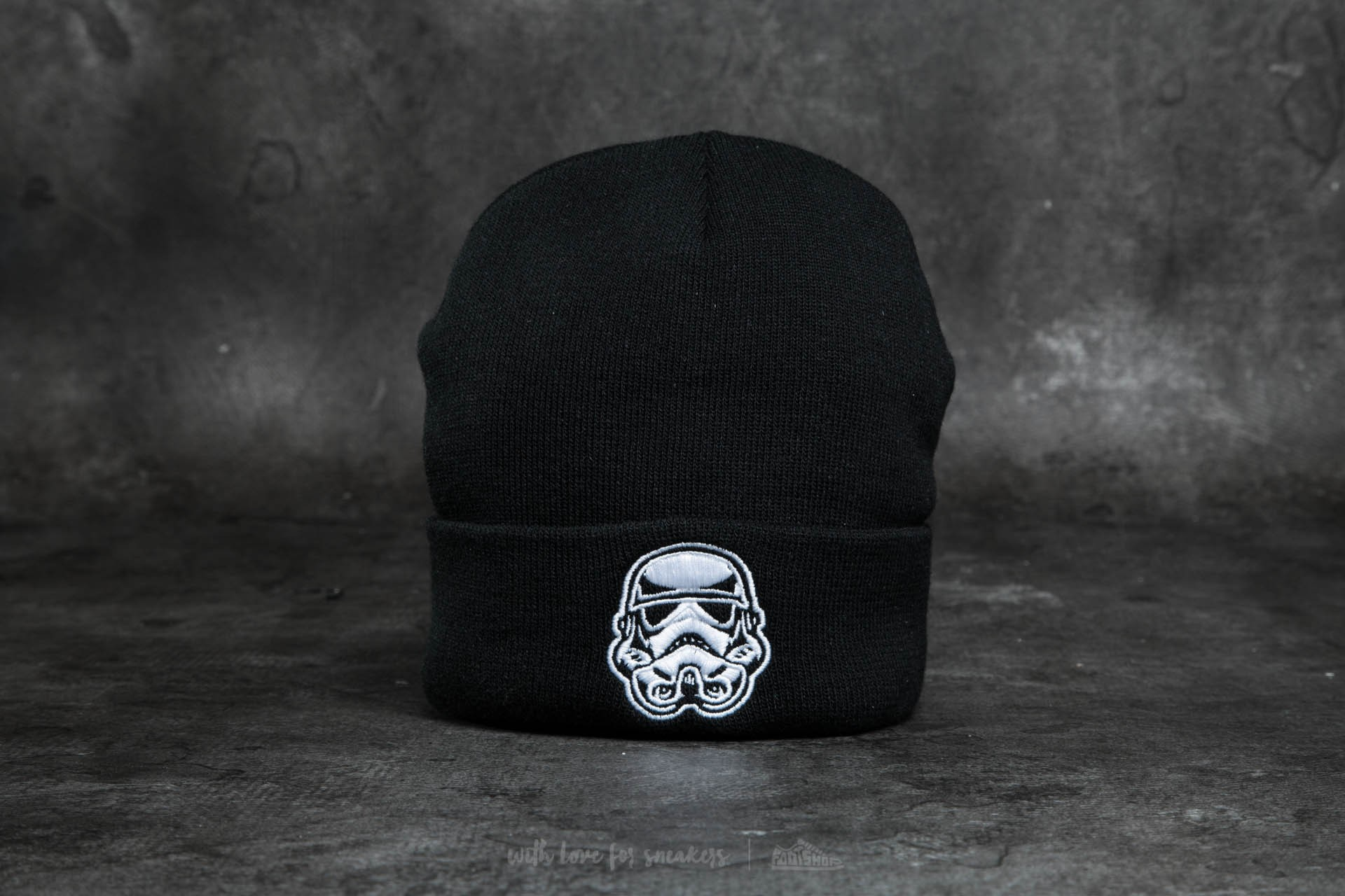 Dedicated x Star Wars Trooper Head Beanie Black - 10950