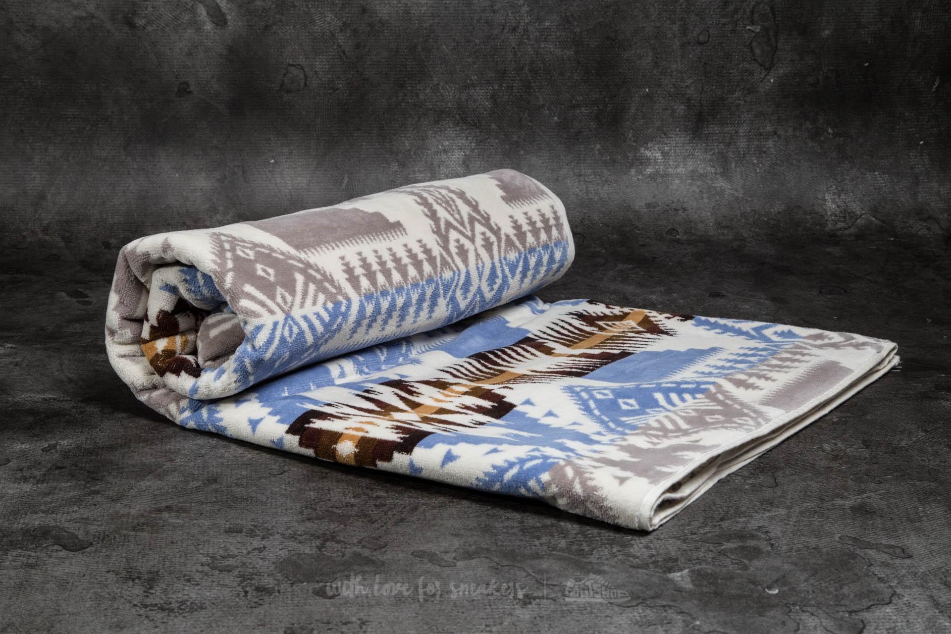 Pendleton Oversized Jacquard Towel Silver Bark - 11079
