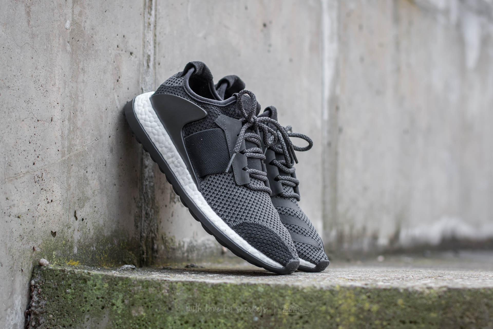 adidas Pure Boost ZG Core Black/ Charcoal/ FTW White - 11154