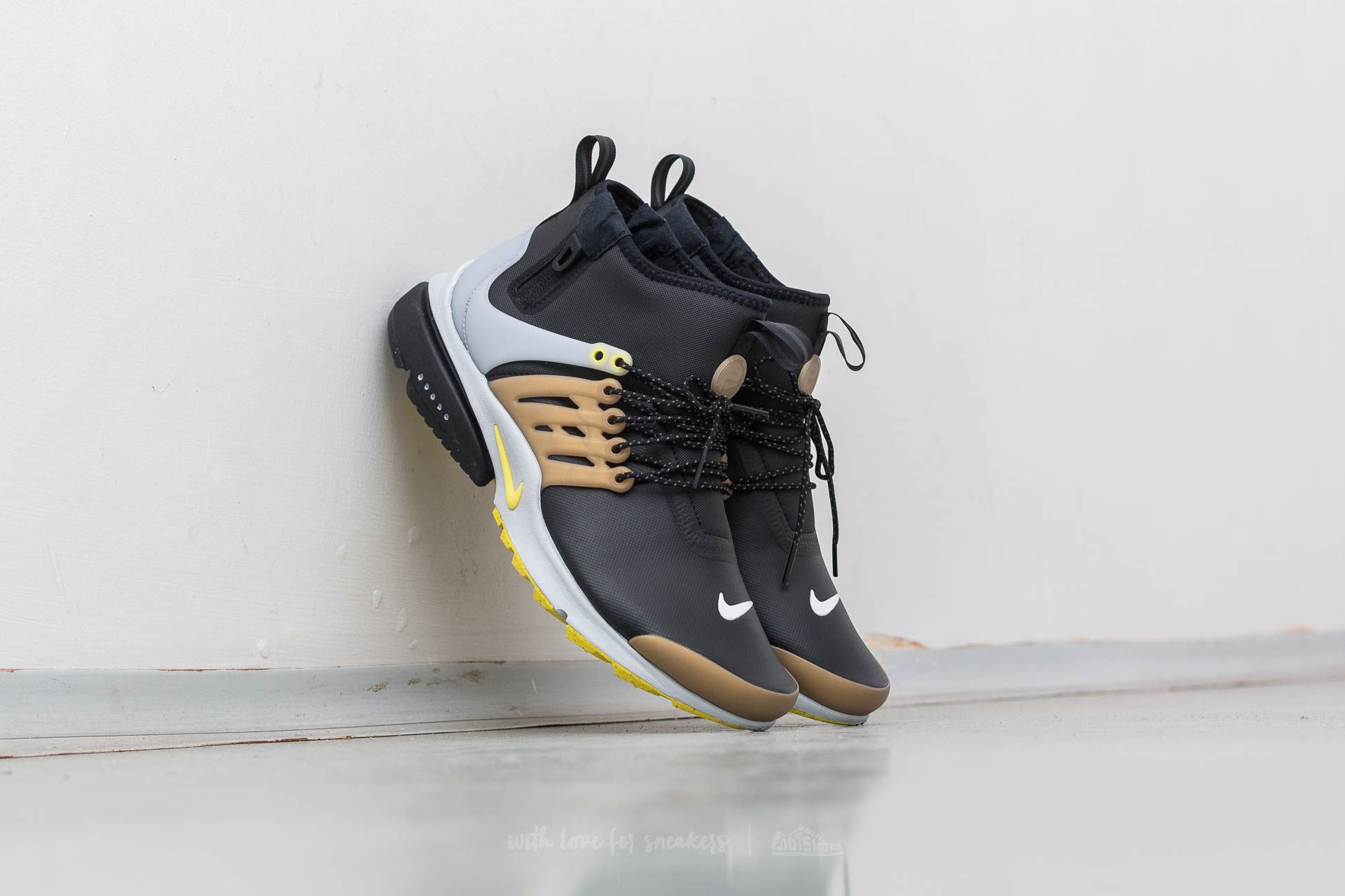 Nike Air Presto MID Utility Black/ Yellow Streak - 12035