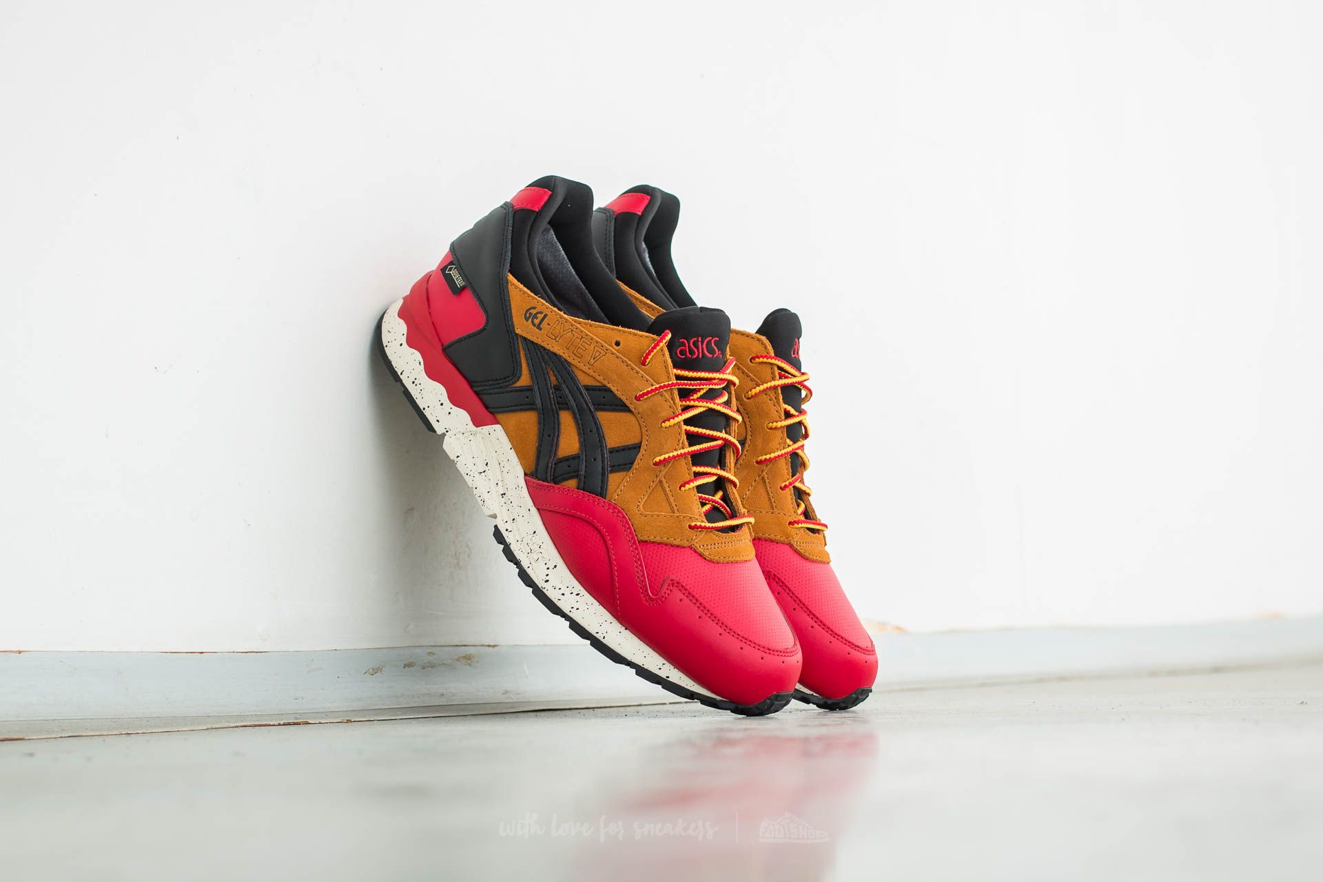 Asics Gel-Lyte V Goretex Red/ Black - 11934