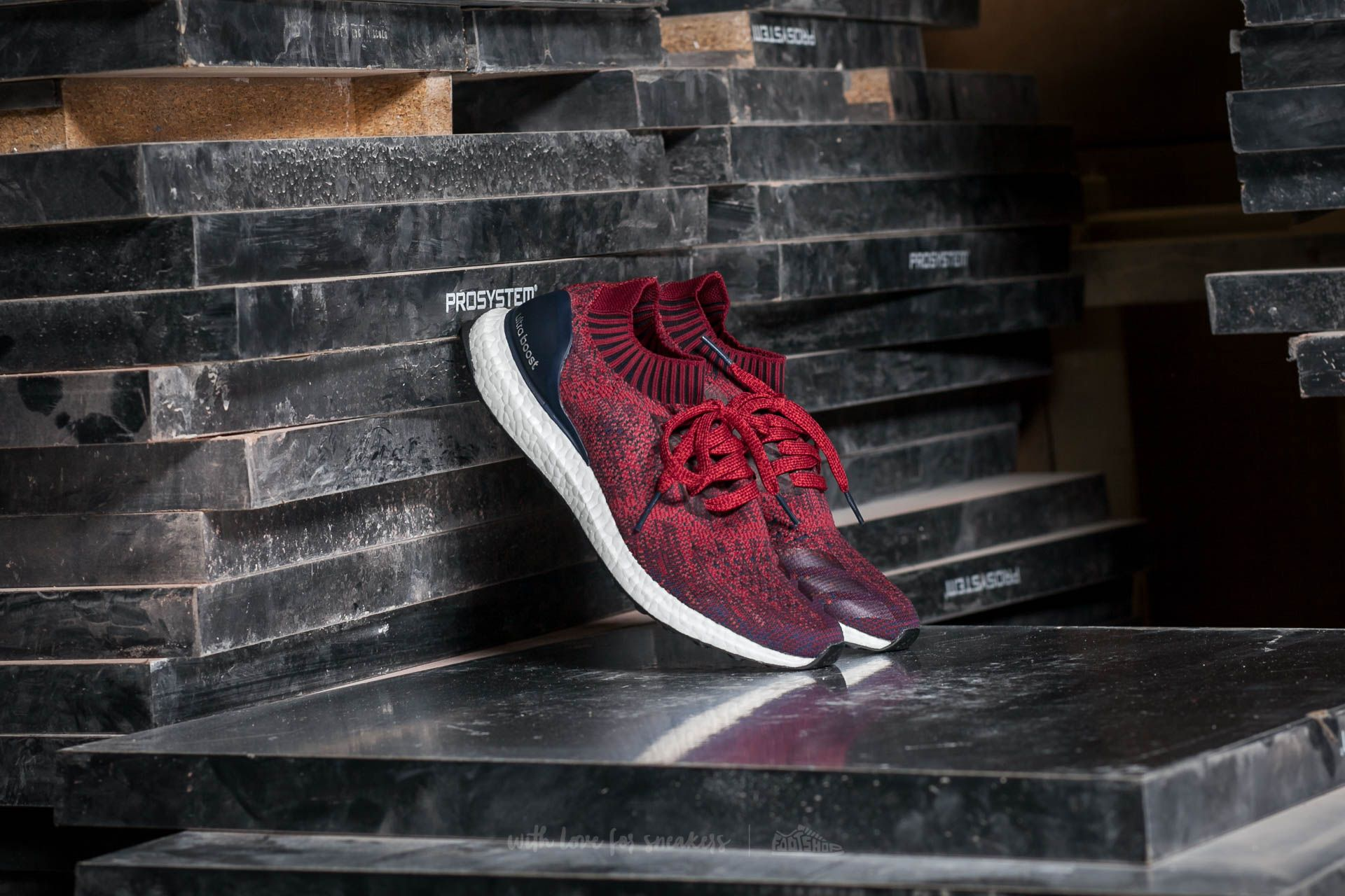 adidas Ultra Boost Uncaged Mystery Red/ Collegiate Burgundy/ Collegiate - 12540
