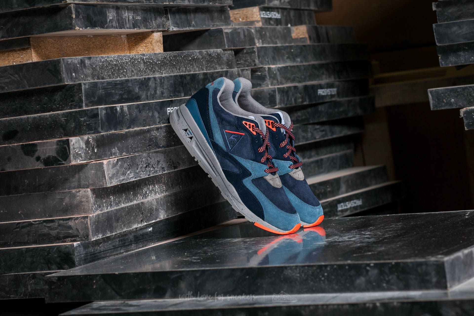 Le Coq Sportif R 800 90´S Outdoor Dress Blue/ Tigerl - 12487