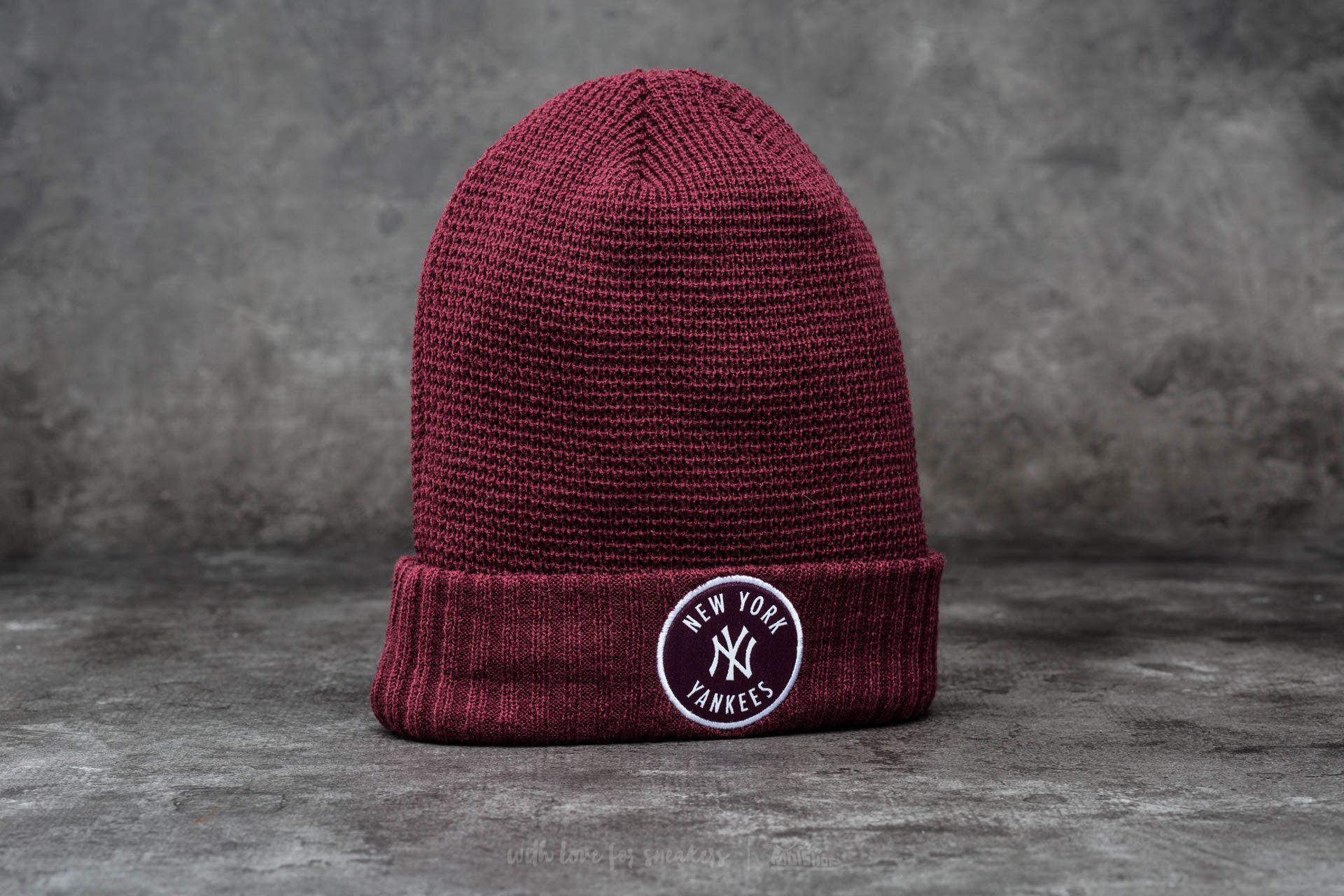 New Era Emblem Waffle Knit New York Yankees Maroon - 12510