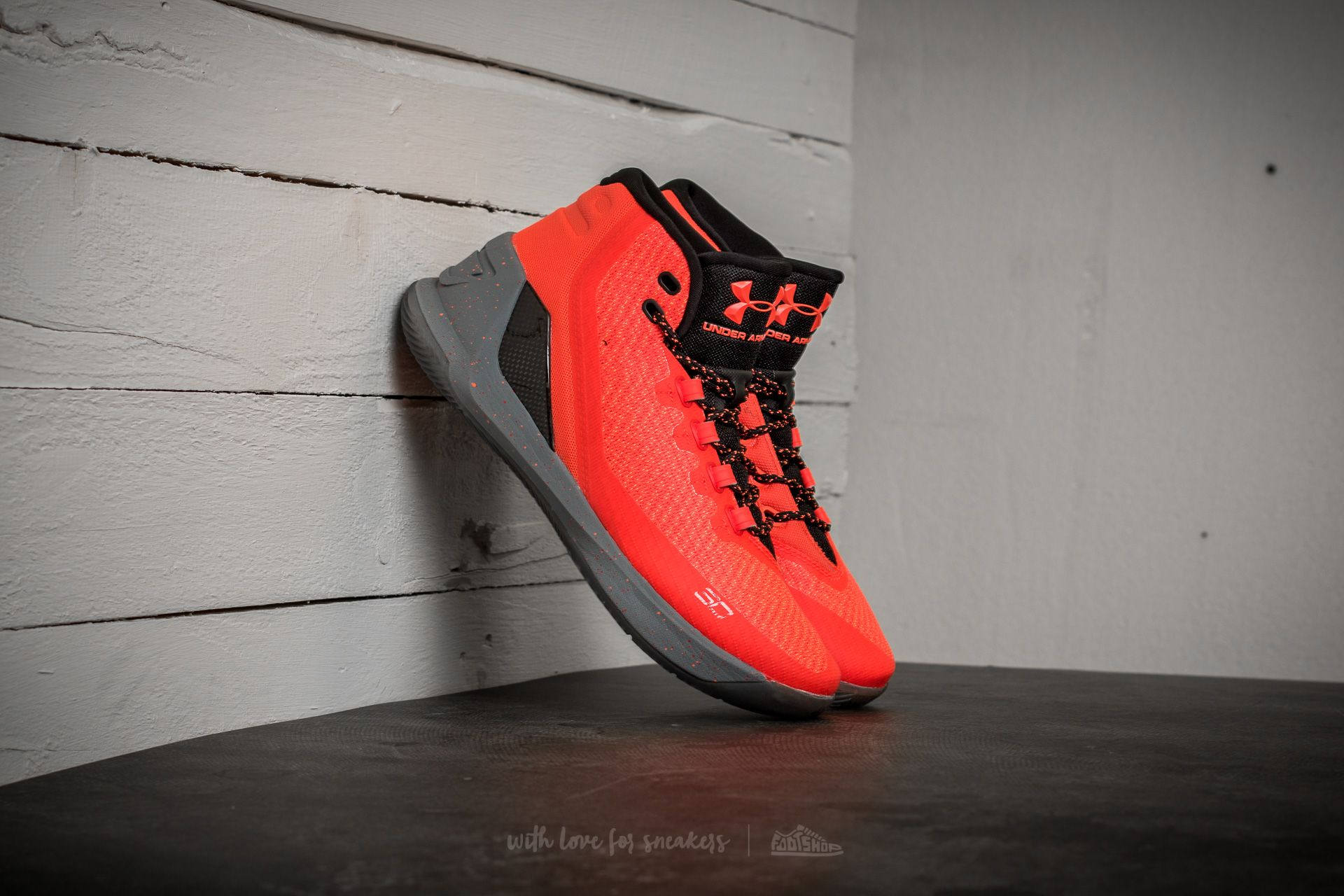 Under Armour Curry 3 Human Torch Edition - 14143