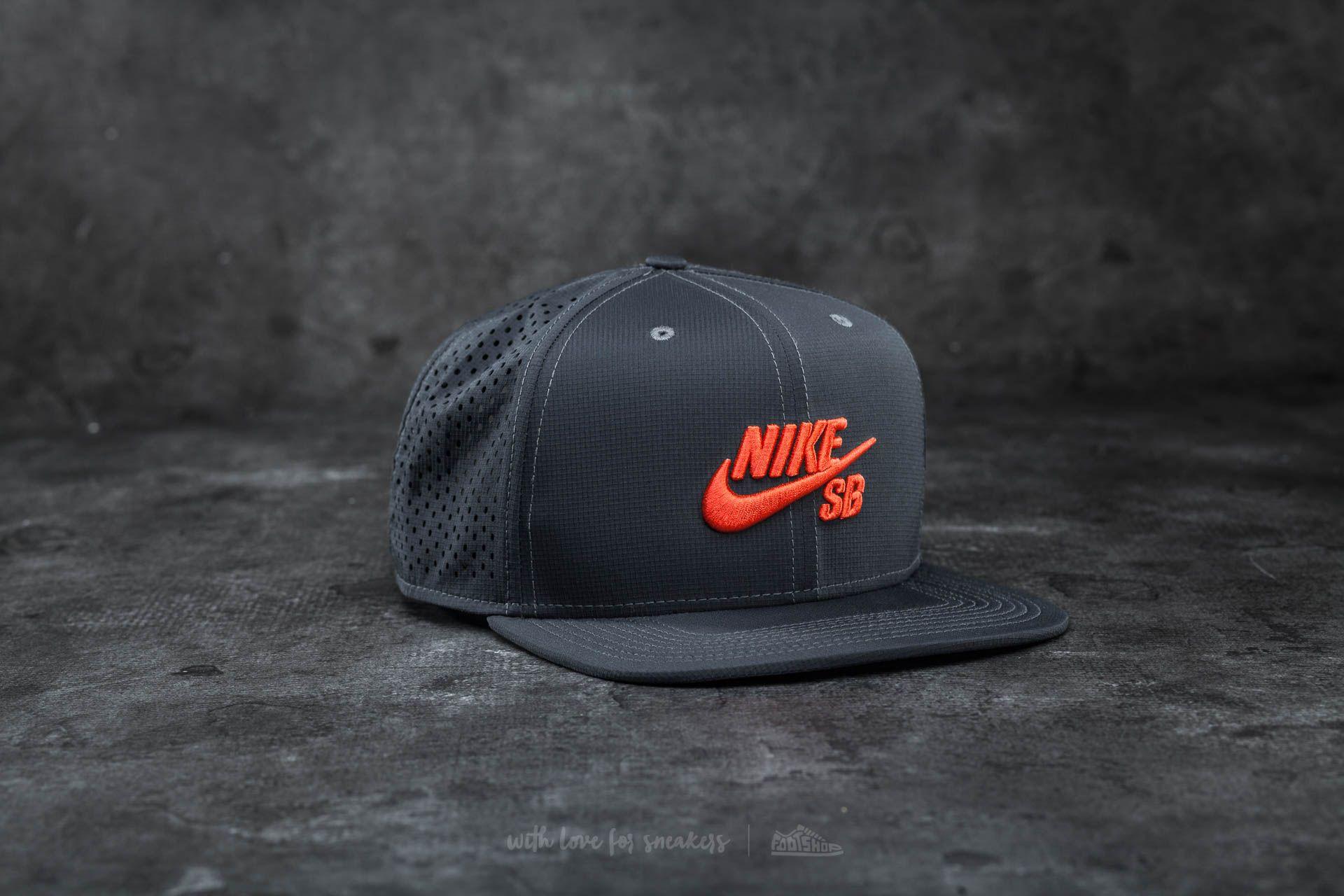 Nike SB Performance Trucker Hat Anthracite/ Black/ Max Orange - 14693
