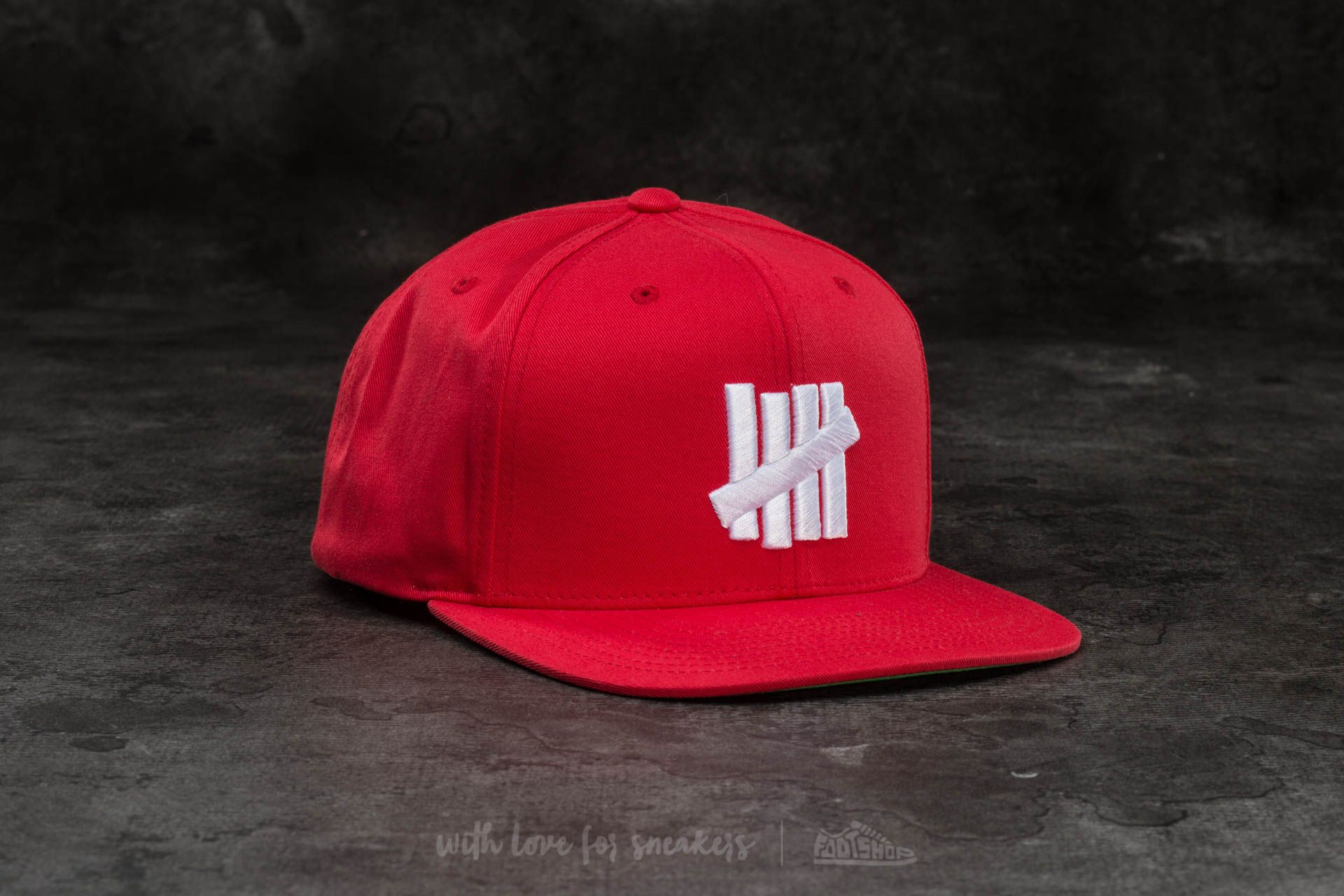 Undefeated 5 Strike Cap Red - 15006