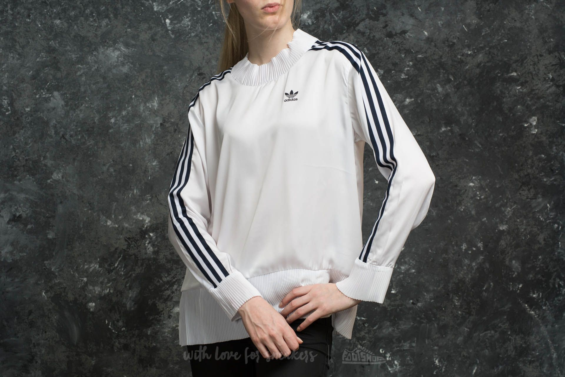 adidas 3 Stripes Sweater White - 15134