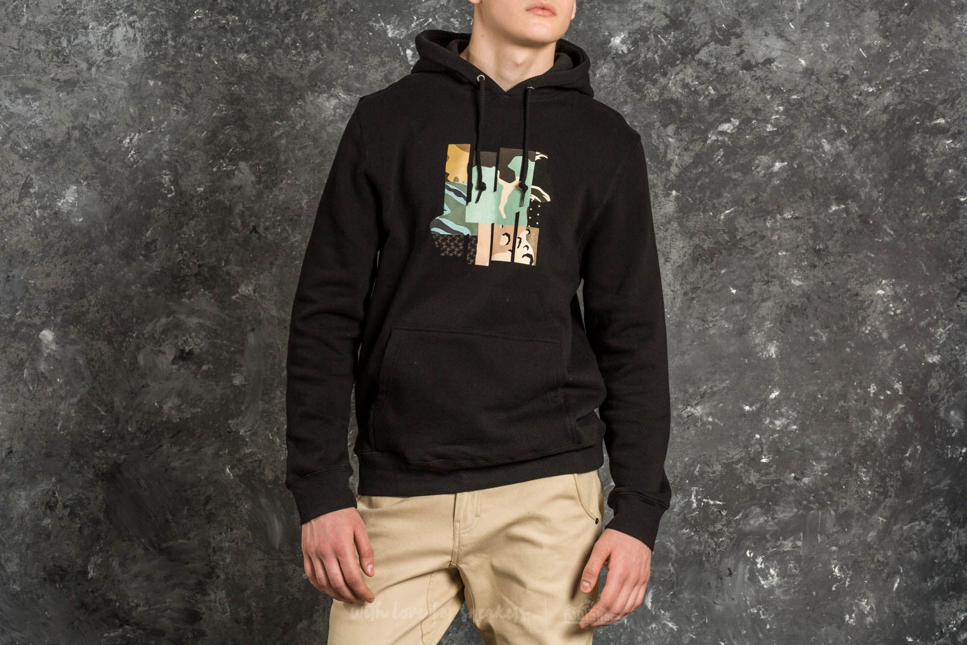 Undefeated Patchwork Strike Hood Black - 15025