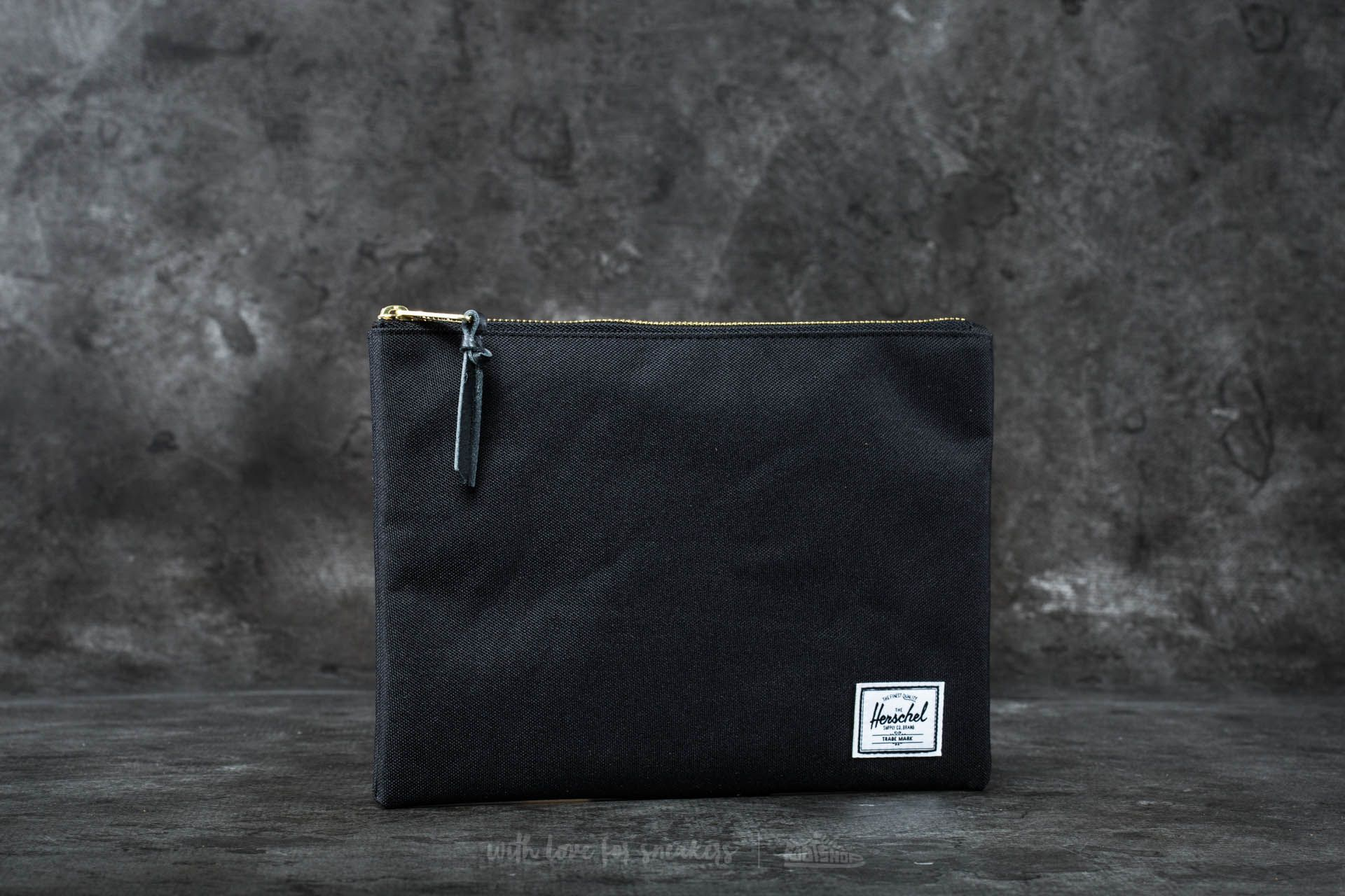 Herschel Supply Co. Network Pouch Black - 16522