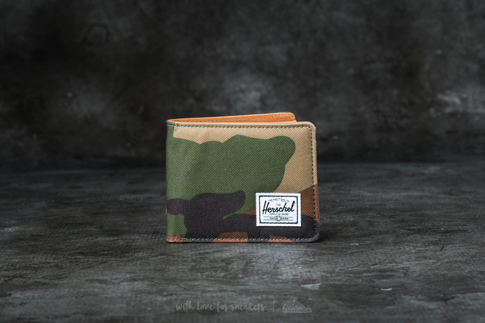 Herschel Supply Co. Hank + Wallet Woodland Camo/ Tan Synthetic Leather - 16548