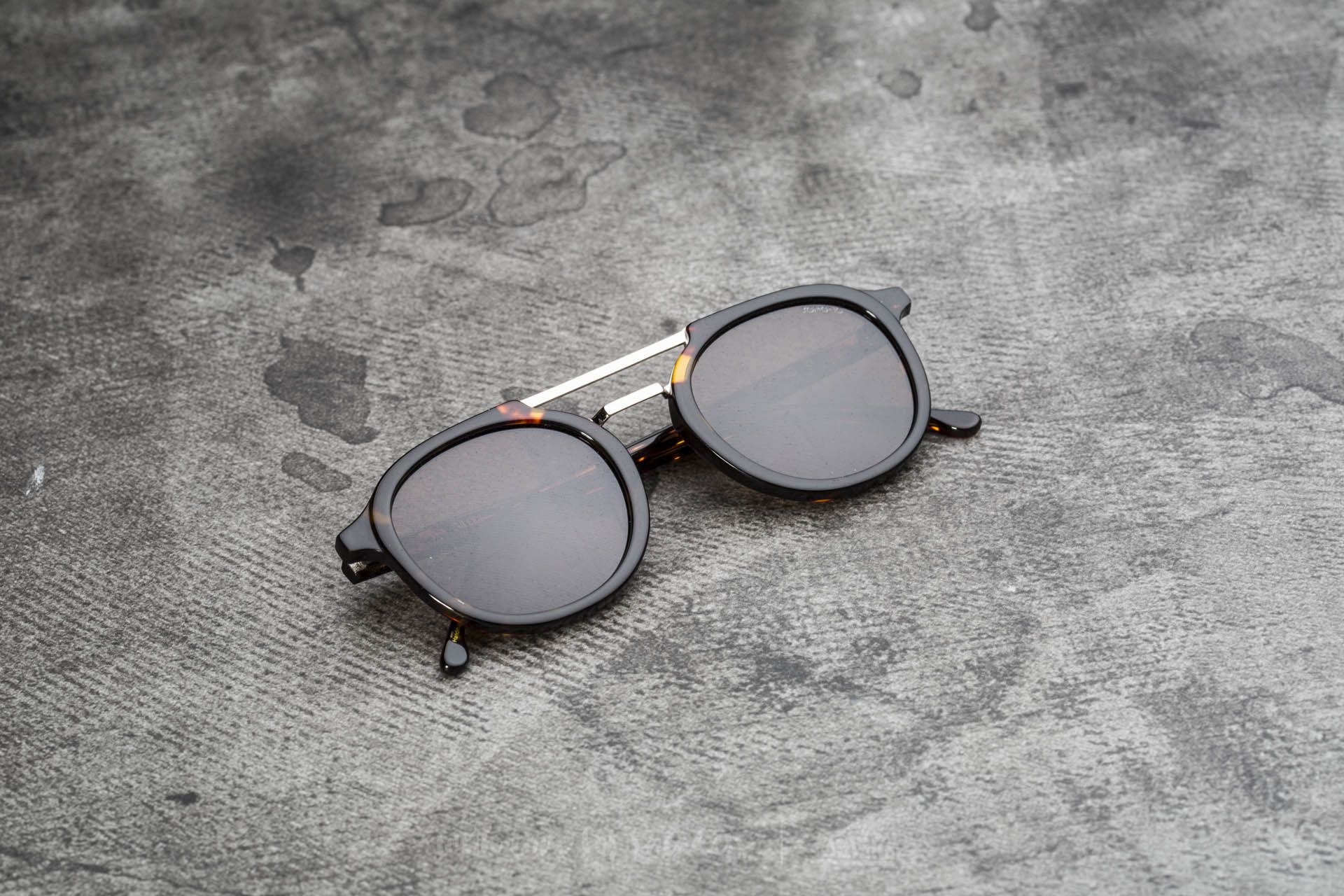 Komono Crafted Gilles Acetate Tortoise - 17627